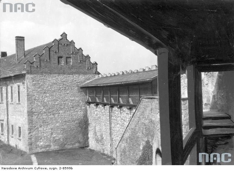 w 1945 zamek sądecki wyleciał w powietrze