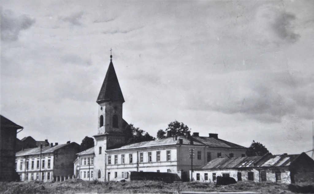 ul. Pijarska w Nowym Sączu. zabudowania pofranciszkańskie