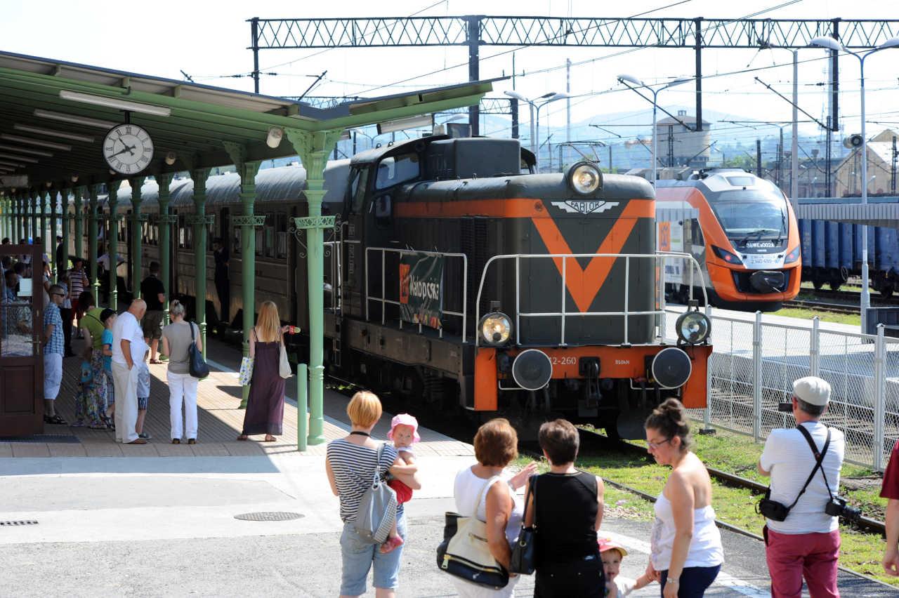 wakacyjny pociąg retro Nowy Sącz