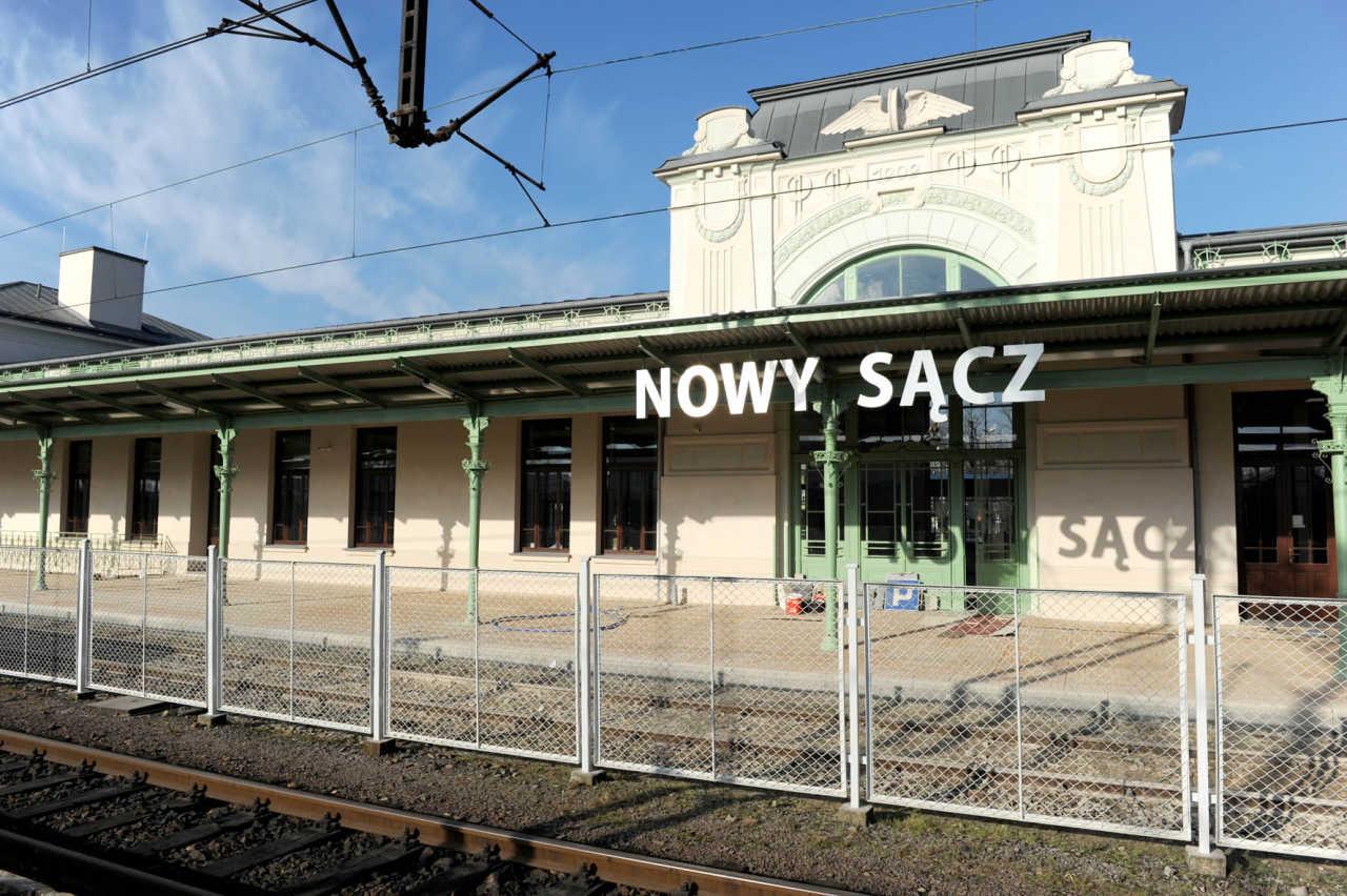 nowy rozkład jazdy pociągów Nowy Sącz
