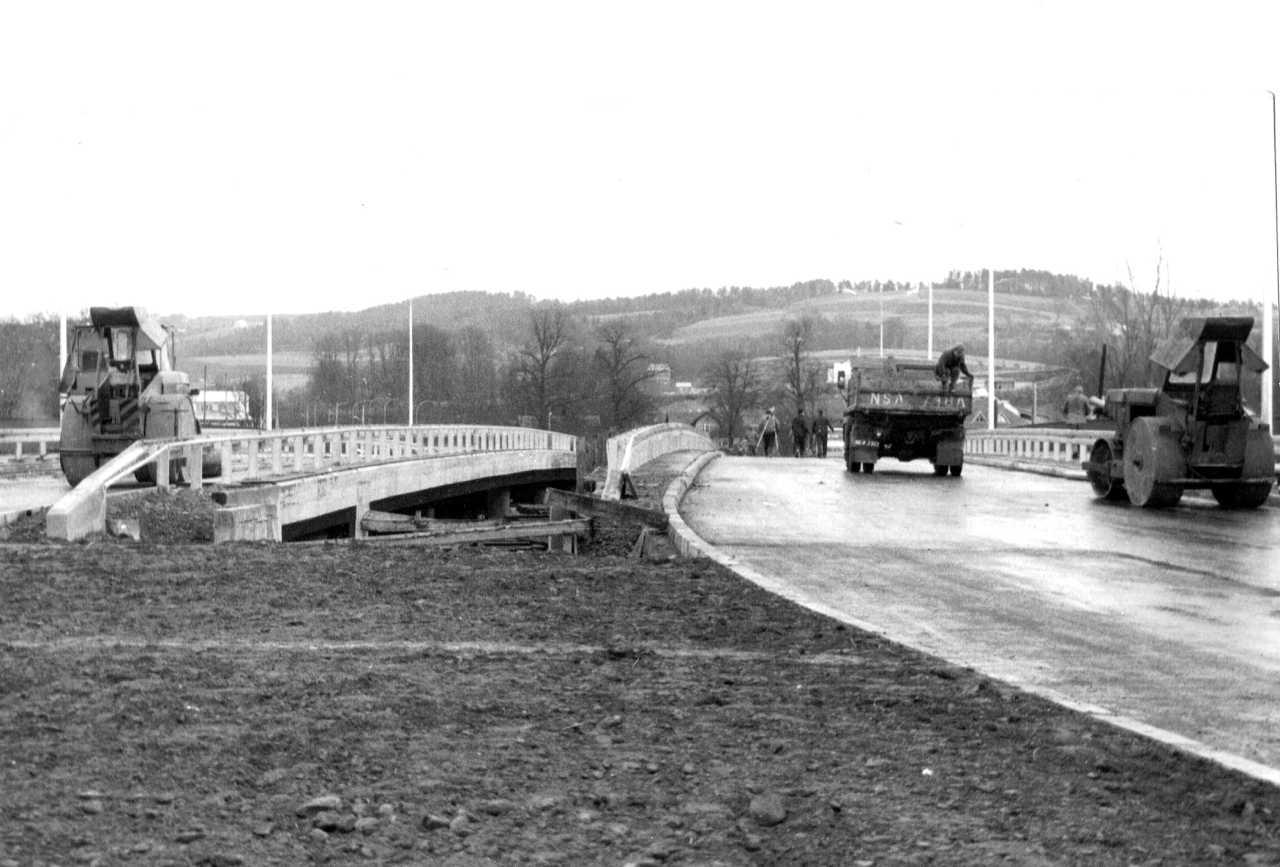Prażmowskiego_most_700_01_1994
