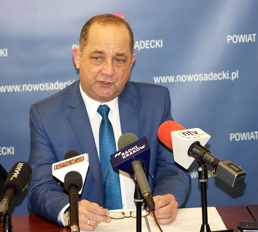 Marek Pławiak podsumowuje powiatowe inwestycje