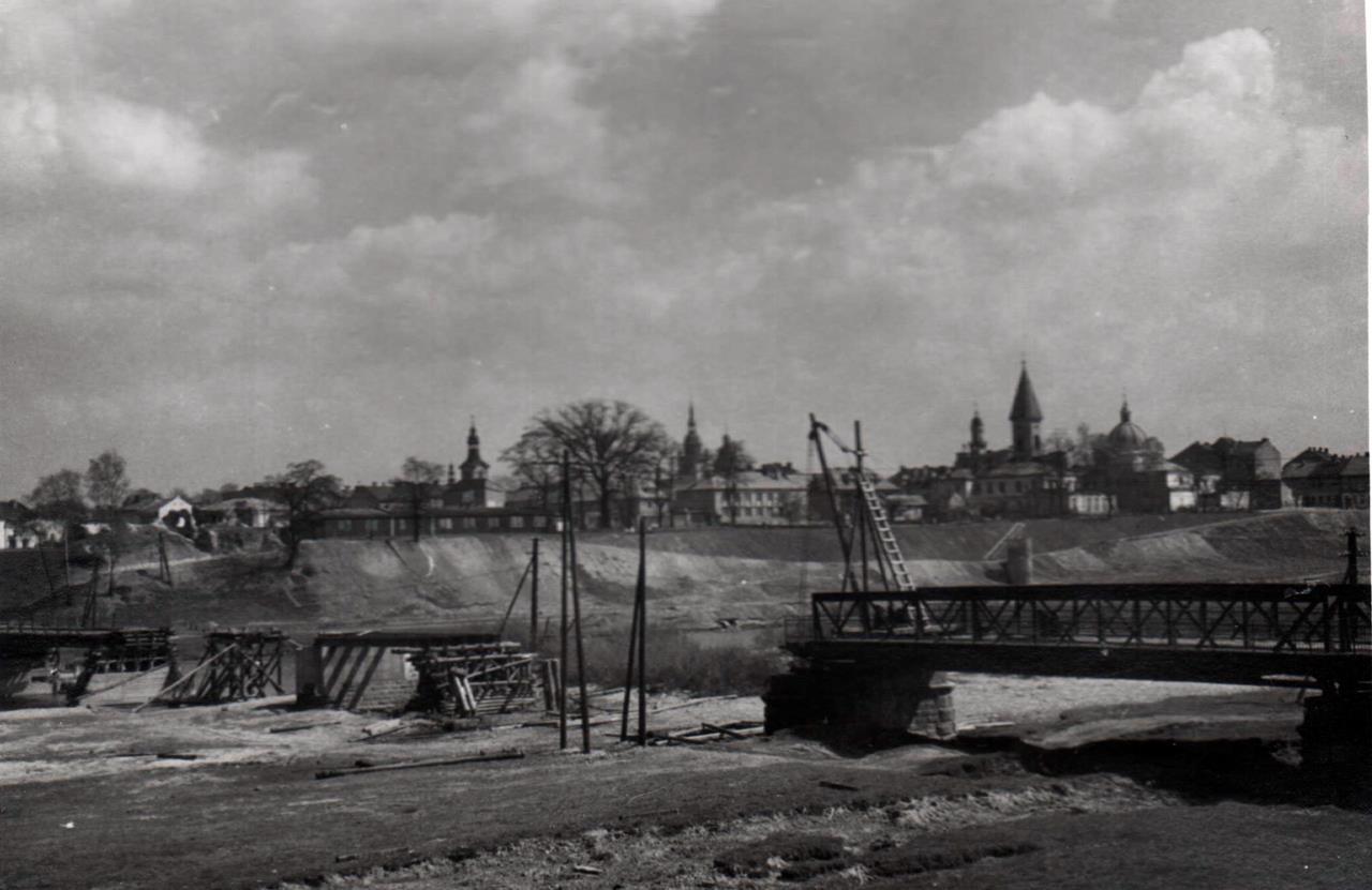 rozbiórka mostu heleńskiego na Duanjcu