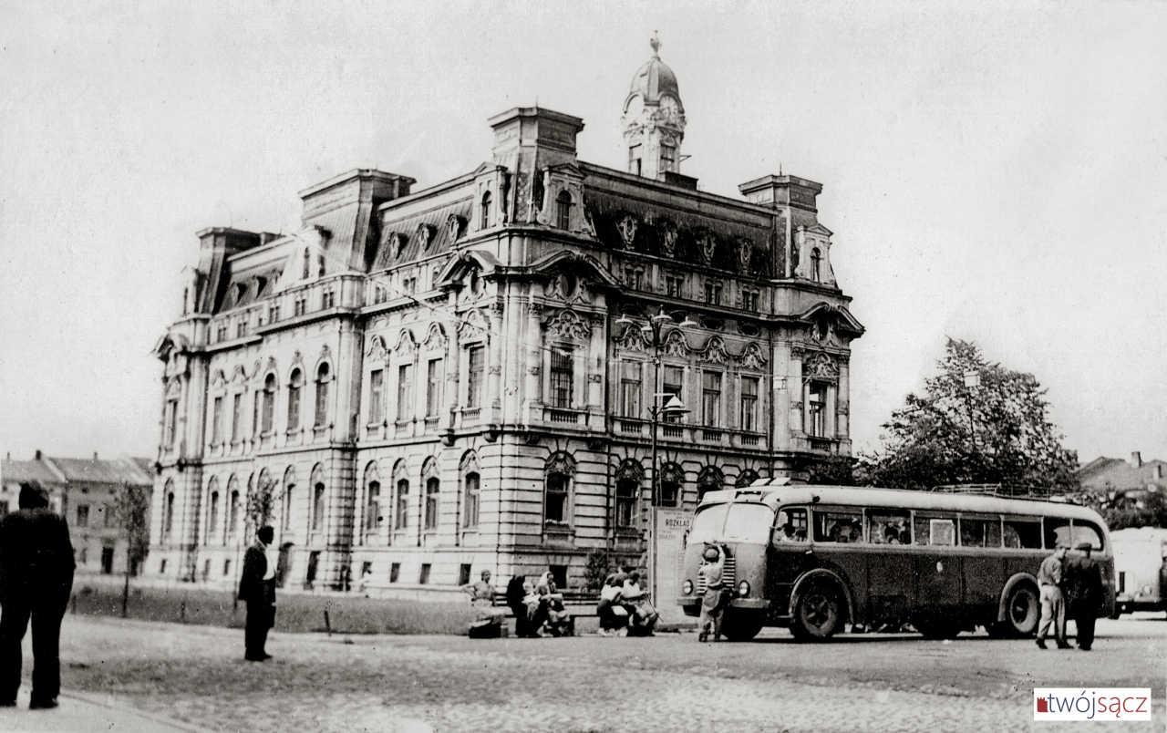 dworzec autobusowy Nowy Sącz lata 50. Skoda RO