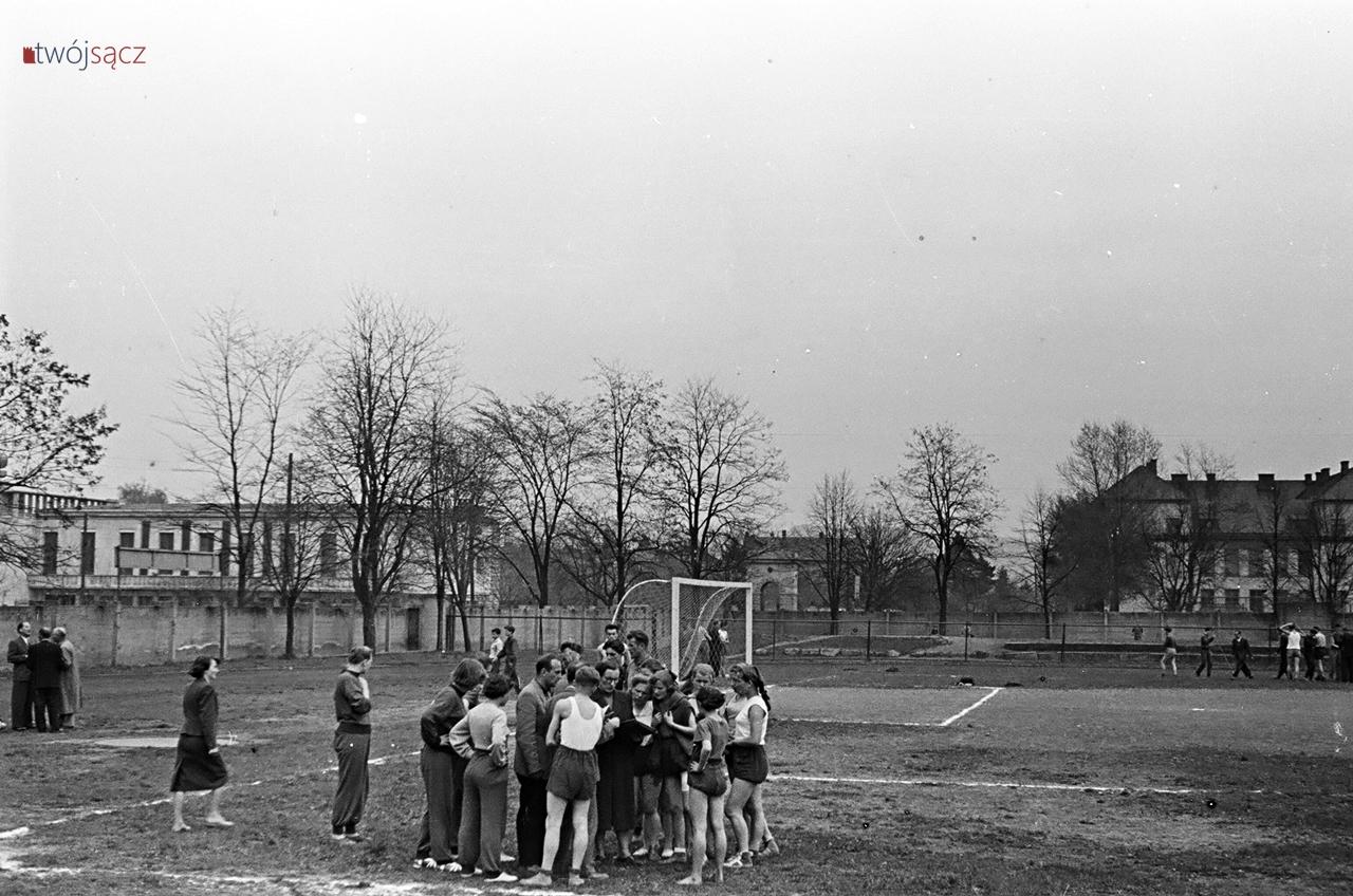 stadion Sandecji lata 50.