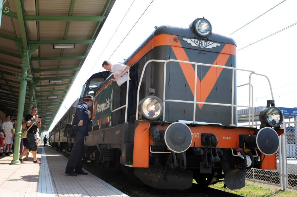 pociąg retro Nowy Sącz