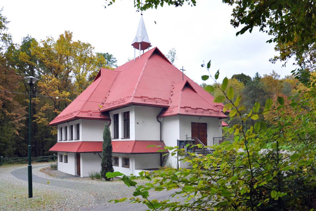 kaplica w Falkowej