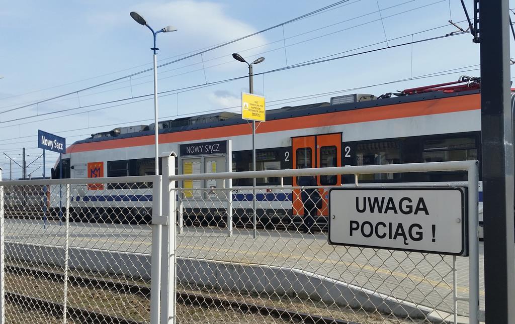 nowy rozkład jazdy pociągów 2016/2017 Nowy Sącz