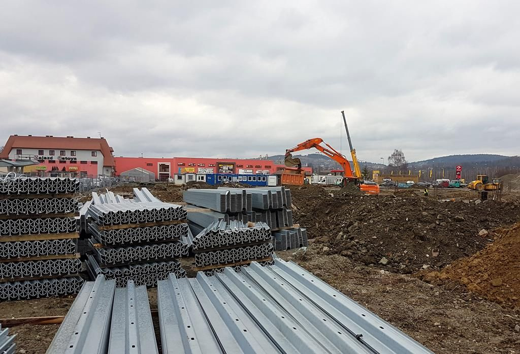 budowa Salonu Agata Nowy Sącz