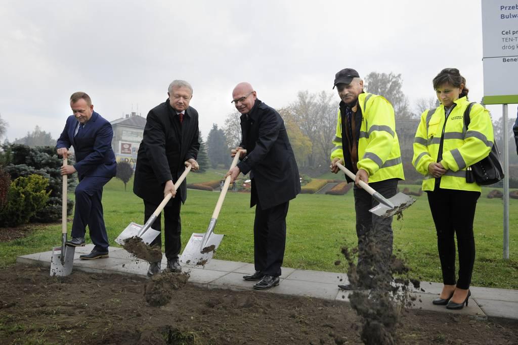 rozpoczęcie budowy nowego mostu Nowy Sącz