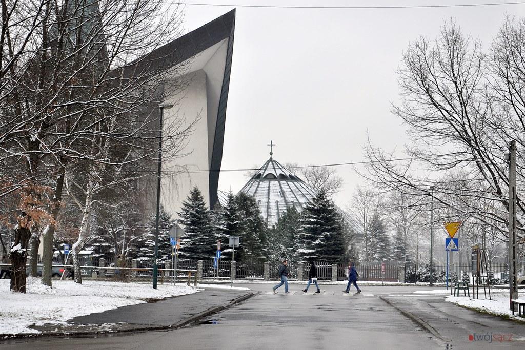 kościół na Millenium Nowy Sącz ul. Królowej Jadwigi