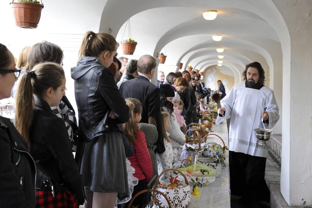 fot. Janusz Miczek, święcenie pokarmów 2018, parafia Ducha Świętego w Nowym Sączu