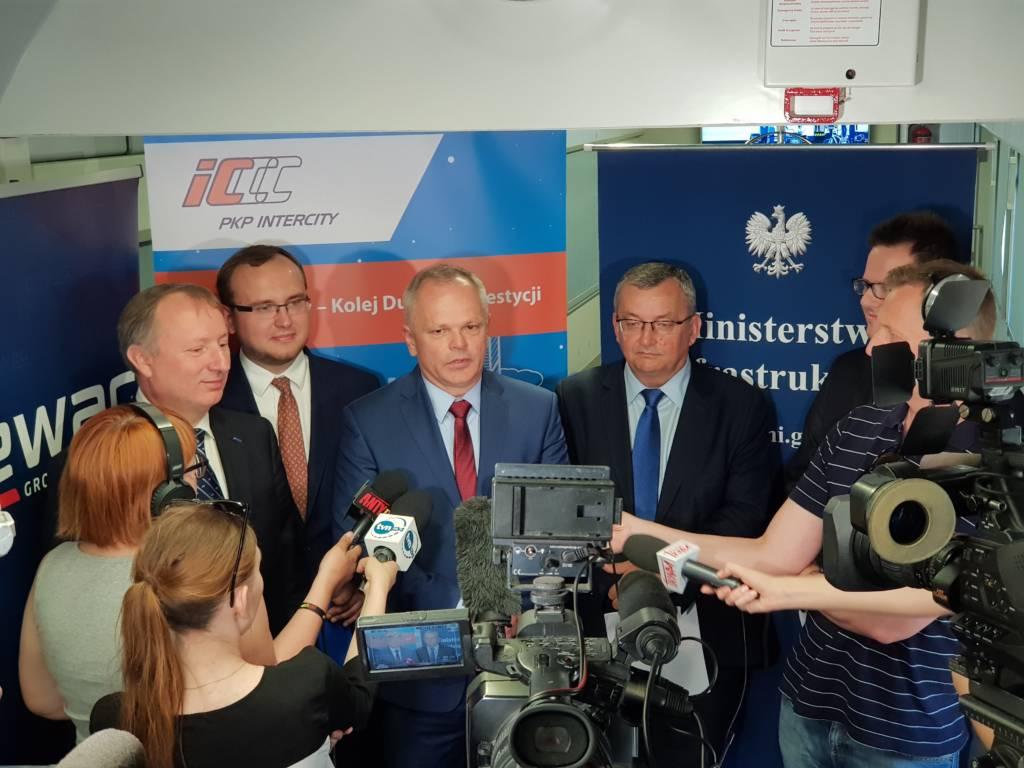 PKP Intercity kupuje od Newagu 20 nowych lokomotyw