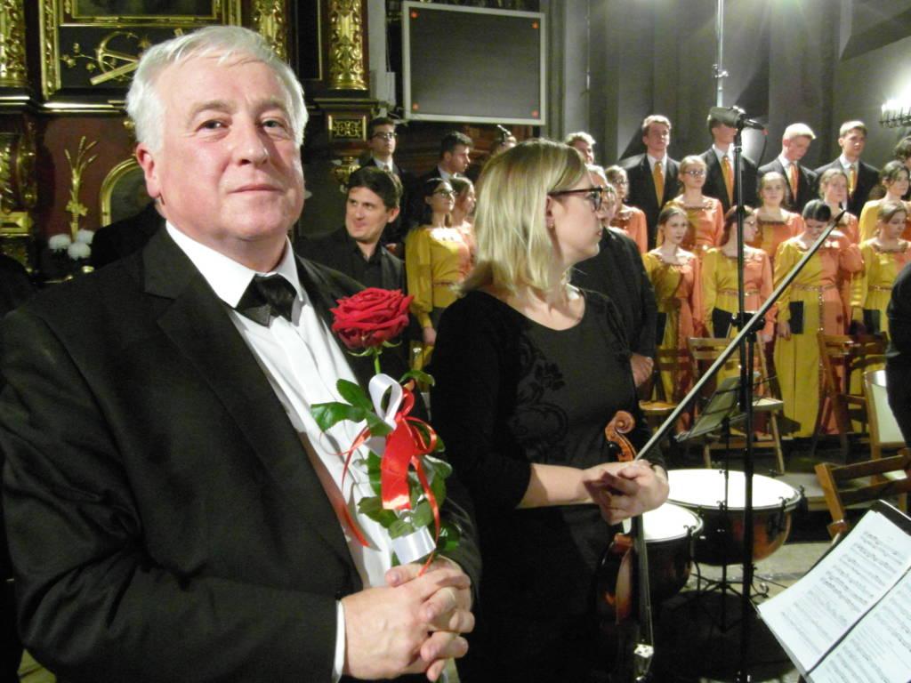 """Młodzieżowy Chór """"Scherzo"""" pod dyrekcją dra Andrzeja Citaka"""