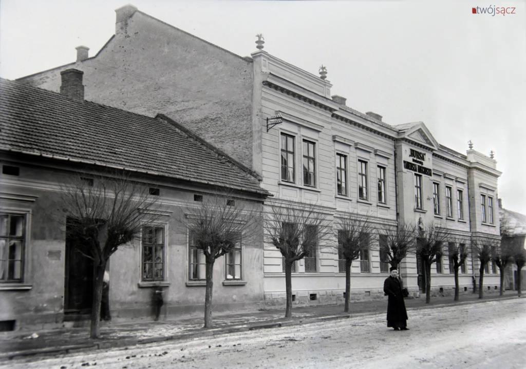 Bursa im. Tadeusza Kościuszki w Nowym Sączu na pocz. XX w