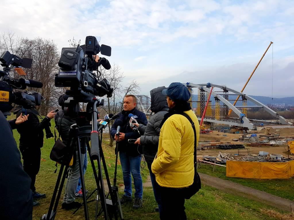 termin oddania mostu heleńskiego do użytku to połowa kwietnia 2019