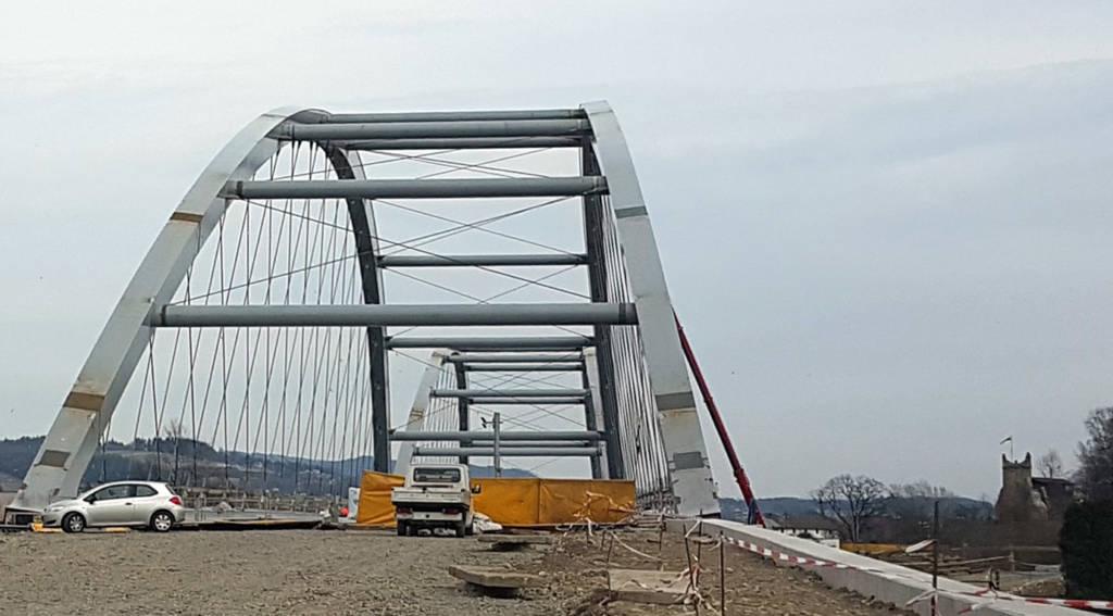 Prezydent ogłosił konkurs na nazwy dla mostów i rond