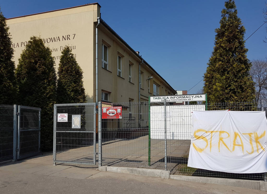 Większość nowosądeckich szkół przystąpiła do strajku