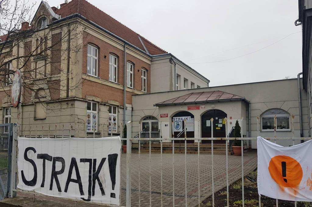 strajk nauczycieli Nowy Sącz