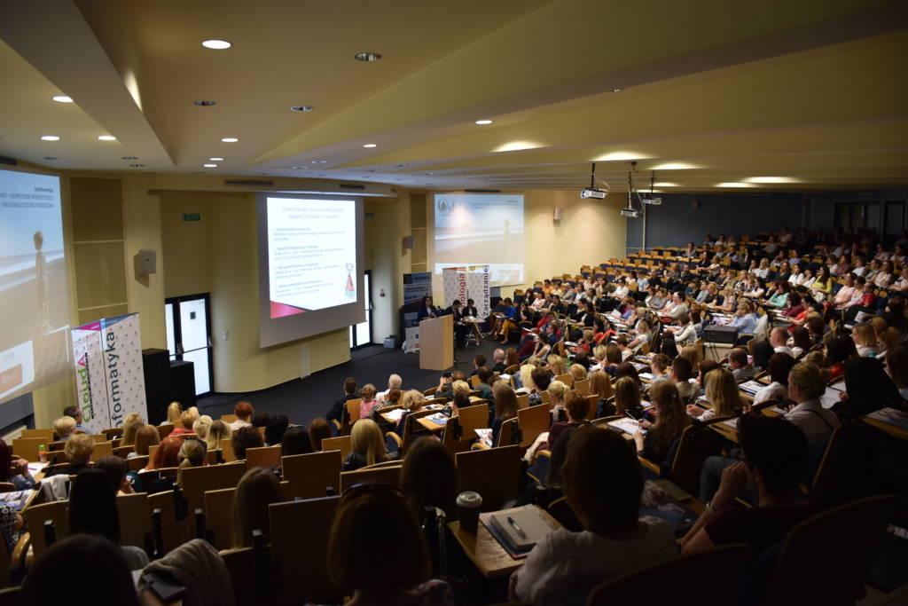 """Konferencja """"Zaburzenia lękowo-depresyjne wśród dzieci i młodzieży – rola rodziców i wychowawców"""