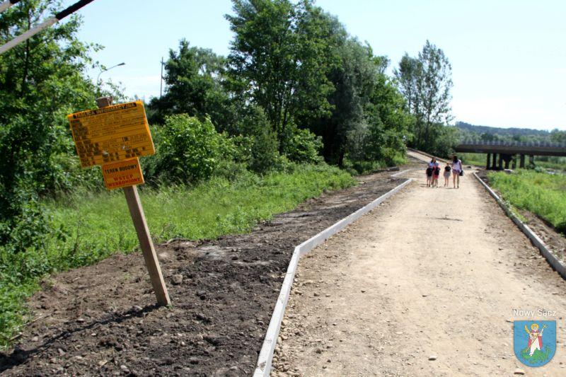 Budowa ścieżki pieszo-biegowo-rowerowej nad Kamienicą