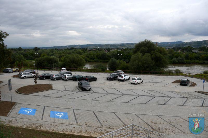 parking za darmo dla KN
