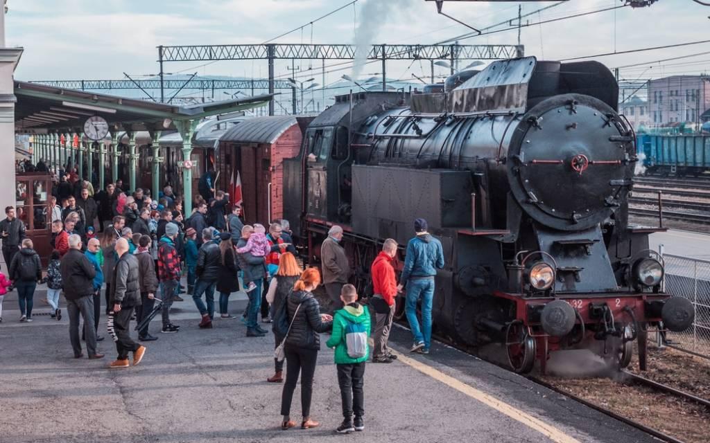 pociągiem retro na Jarmark Muszyński